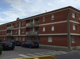 Piso en venta Figueres con parking