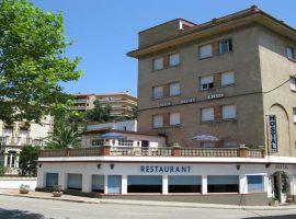 Hotel en venta en Portbou